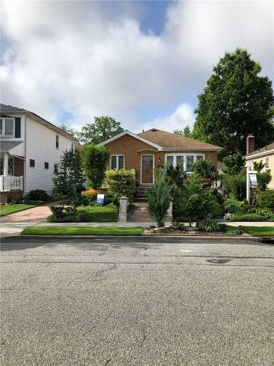 Whitestone Single Family Home For Sale: 154-32 24th Rd