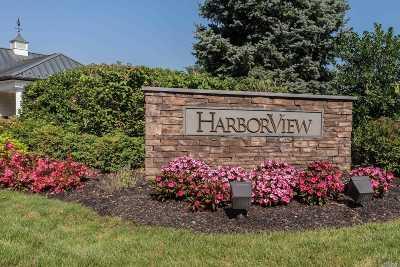 Port Washington Condo/Townhouse For Sale: 165 Harbor View Dr