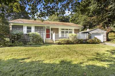 Baiting Hollow Single Family Home For Sale: 27 Oak Dr