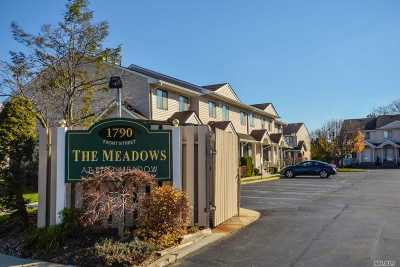 East Meadow Condo/Townhouse For Sale: 1790 Front St #15
