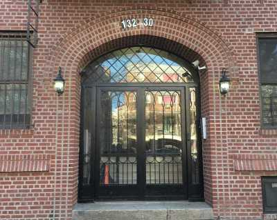 Flushing Condo/Townhouse For Sale: 132-30 Sanford Ave #1A