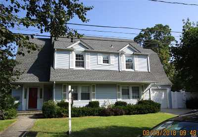 Hempstead Single Family Home For Sale: 178 Parsons Dr