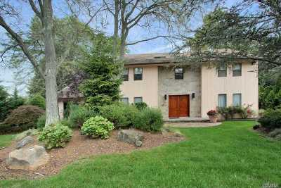 Muttontown Single Family Home For Sale: 100 Stirrup Ln