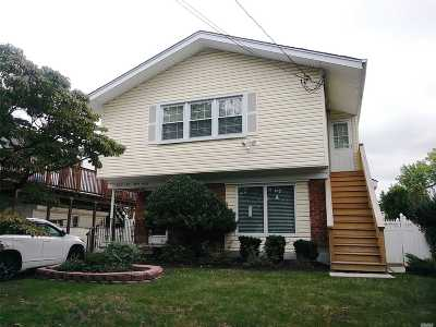 Douglaston Single Family Home For Sale: 233-22 39th Rd