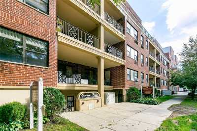 Flushing Condo/Townhouse For Sale: 71-19 162nd St #2H