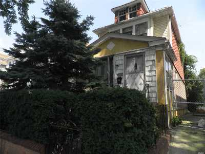 Jamaica Single Family Home For Sale: 114-45 Inwood St