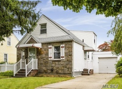 Nassau County Single Family Home For Sale: 177 Jerome Ave