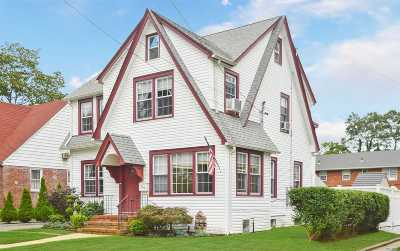 Baldwin Single Family Home For Sale: 740 Stanton Ave