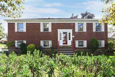 Hewlett Single Family Home For Sale: 1655 Peninsula Blvd