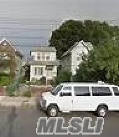 Brooklyn Single Family Home For Sale: 1501 E 53rd Street