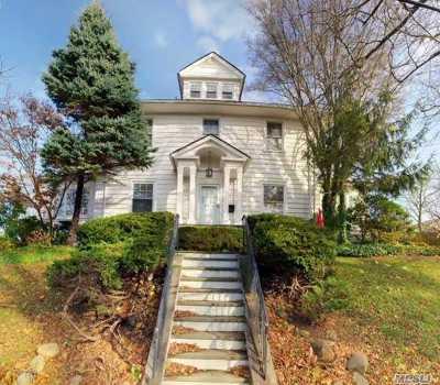 Douglaston Single Family Home For Sale: 46-19 241 St