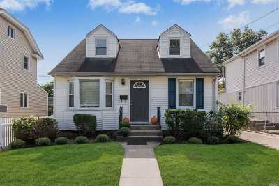 Floral Park Single Family Home For Sale: 78 Charles St