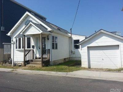 Bellmore Single Family Home For Sale: 124 Beach Ave