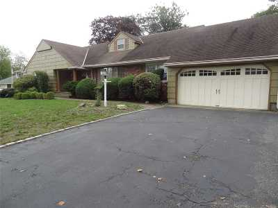 Bay Shore Rental For Rent: 8 Colonial Ct #House