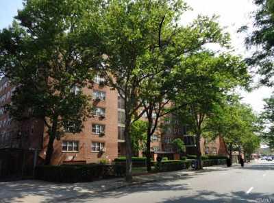 Elmhurst Co-op For Sale: 92-31 57th Ave #4L