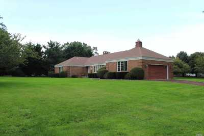 Cutchogue Single Family Home For Sale: 1760 Crown Land Ln