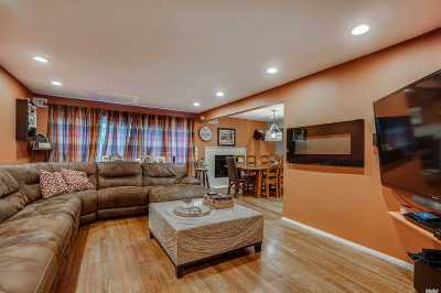 Woodbury Single Family Home For Sale: 31 Jennings Ln