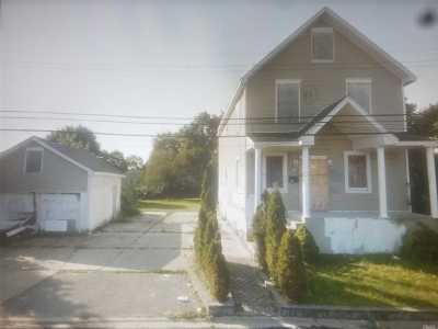 Copiague Single Family Home For Sale: 30 Daly Pl