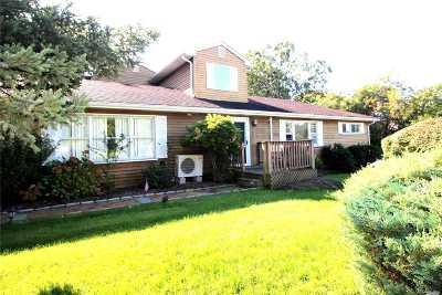 Hampton Bays Single Family Home For Sale: 8 Lincoln Rd