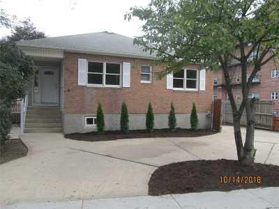 Freeport Single Family Home For Sale: 119 S Bayview Ave