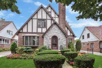 Jamaica Estates Single Family Home For Sale: 85-12 Wicklow Pl