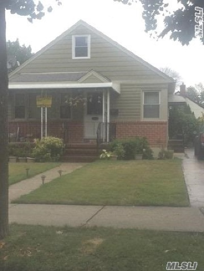 Bellerose, Glen Oaks Single Family Home For Sale: 80-07 266th St