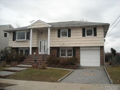 W. Hempstead Single Family Home For Sale: 341 June Pl