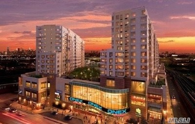 Flushing Condo/Townhouse For Sale: 40-28 College Point Blvd #1001