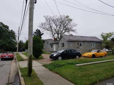 Freeport Single Family Home For Sale: 356 Arthur St
