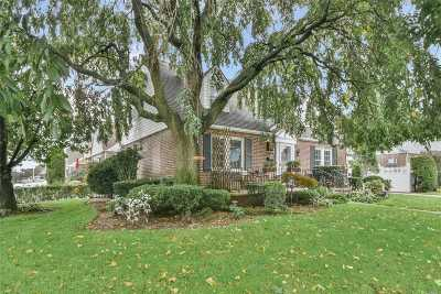 Garden City Single Family Home For Sale: 161 S Wellington Rd