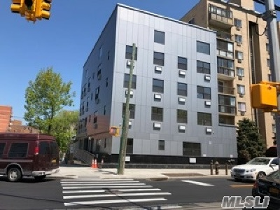 Flushing Condo/Townhouse For Sale: 31-47 137 St #2B