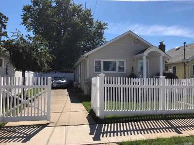Baldwin Single Family Home For Sale: 926 Clay St