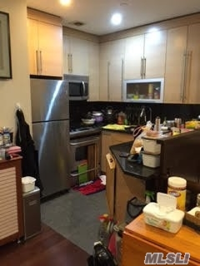 Flushing Condo/Townhouse For Sale: 31-32 Union St #2G