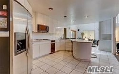 Mt. Sinai Single Family Home For Sale: 39 Barnsley Cres