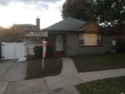 Flushing Single Family Home For Sale: 67-14 172nd St
