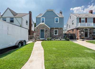 Bellerose, Glen Oaks Single Family Home For Sale: 86-26 249th St