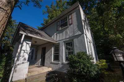 Huntington NY Single Family Home For Sale: $434,990