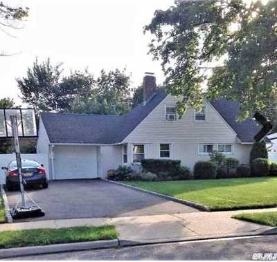 Levittown Single Family Home For Sale: 97 Abbey Ln