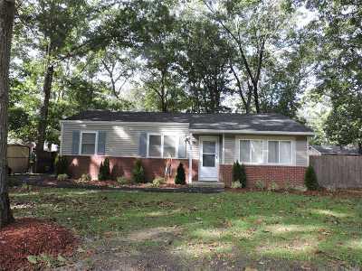 Ridge Single Family Home For Sale: 98 Wauwepex Trl