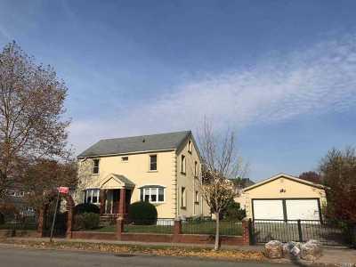 Flushing Single Family Home For Sale: 4377 168 St