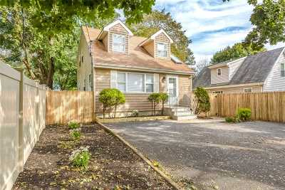 Port Jefferson Single Family Home For Sale: 55 N Columbia St