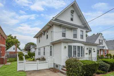 Floral Park Single Family Home For Sale: 85-58 261st St