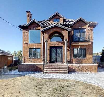 Little Neck Single Family Home For Sale: 248-39 Deepdale Ave