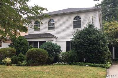 Jamaica Estates Single Family Home For Sale: 186-28 Aberdeen Rd