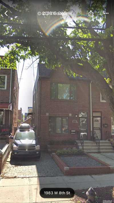Brooklyn Single Family Home For Sale: 1984 W 8th St