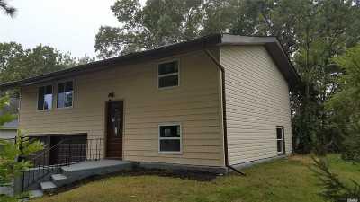 Islandia Single Family Home For Sale: 288 Sycamore Ln