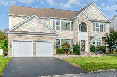 Mt. Sinai Single Family Home For Sale: 35 Pinehurst Dr