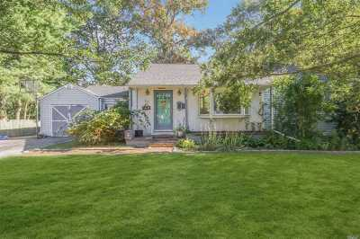 Huntington Single Family Home For Sale: 38 Maple Pl