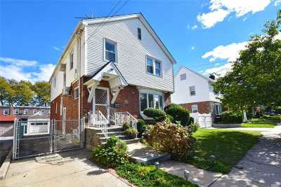 Flushing Single Family Home For Sale: 4725 189th St