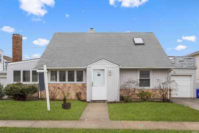Long Beach NY Single Family Home For Sale: $619,000
